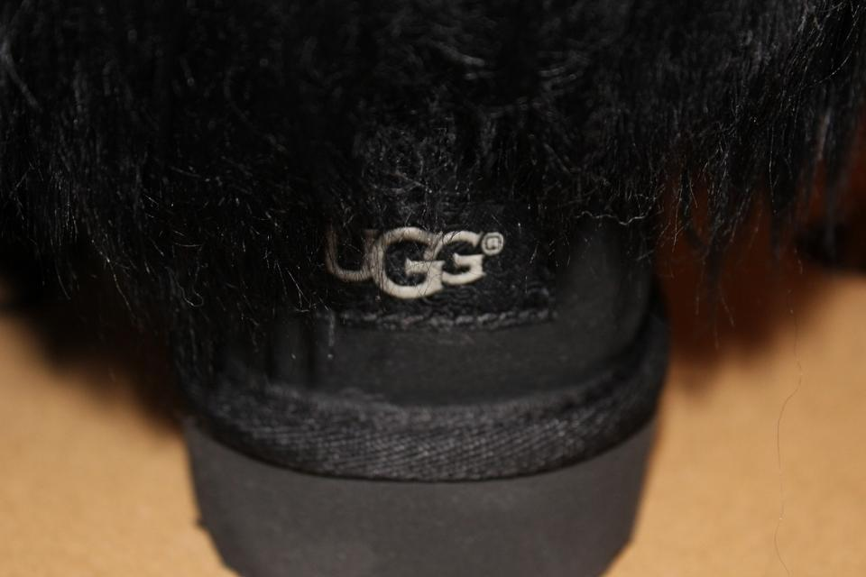 0c0737a654b UGG Australia Black Classic Short Sheepskin Cuff Suede Shearling  Boots/Booties Size US 10 Regular (M, B) 30% off retail