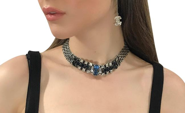 Item - Silver Paris New Crystal Silver-tone Made In France Necklace