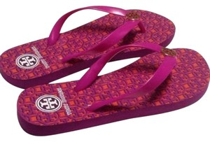 3a96075d2aee Pink Tory Burch Sandals - Up to 90% off at Tradesy