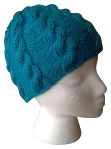 Teal cabled hat