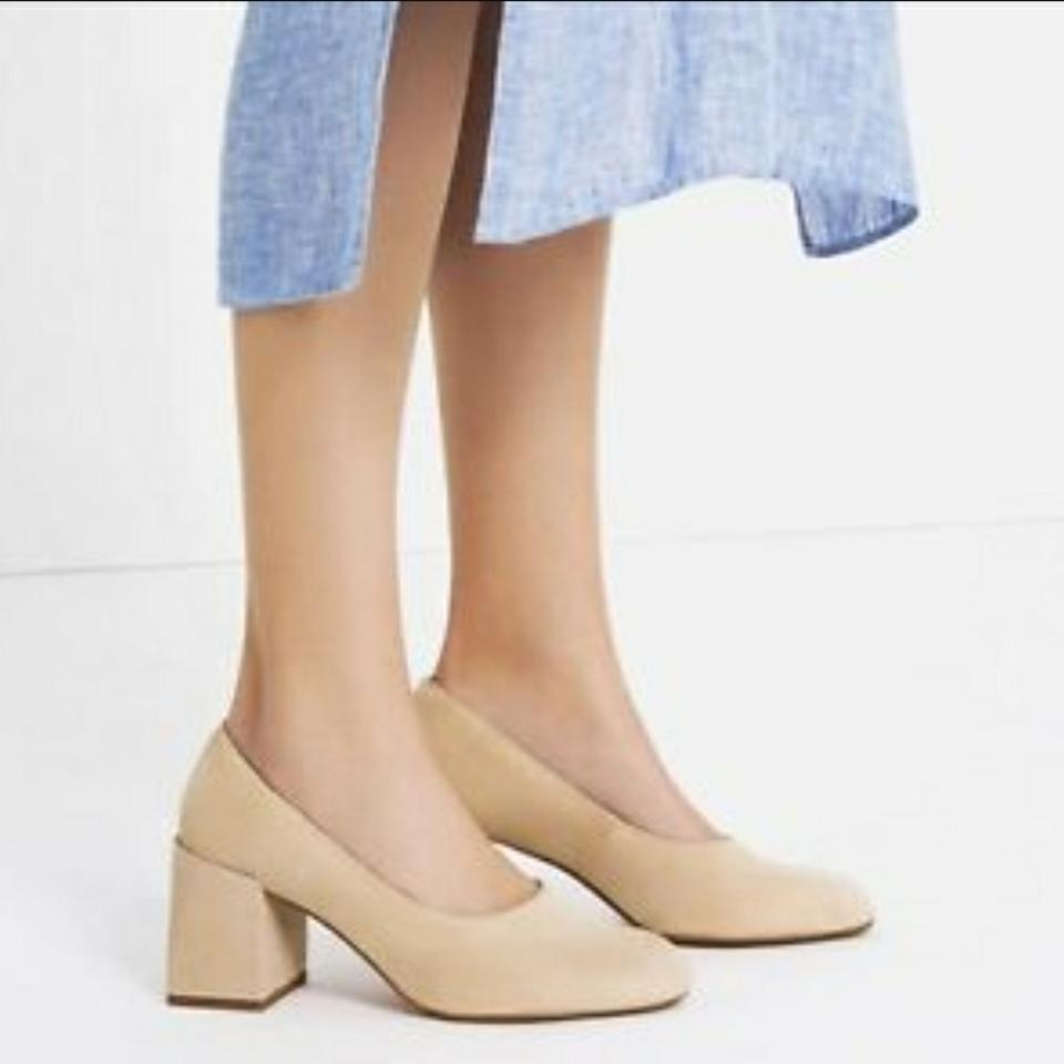 00979359a0d8 Zara Nude New with Tags Mid Heel Block Pumps Size US 9 Regular (M