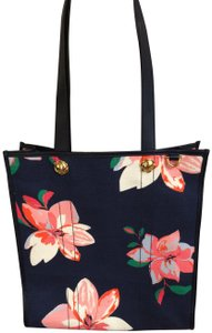 Draper James Tote in Navy and multi floral