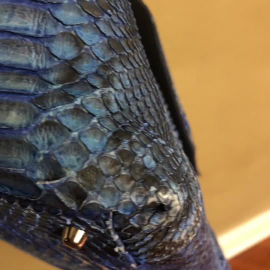 Python Snake Tote in blue Image 4