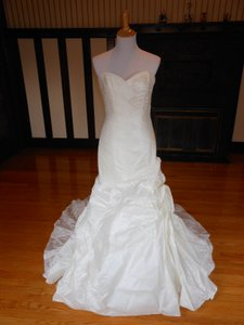 Pronovias Ivory 6234 Destination Wedding Dress Size 10 (M)