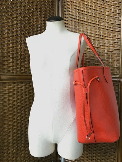3be27af80 Louis Vuitton Piment Epi Leather Neverfull Mm Tote in Orange Image 10