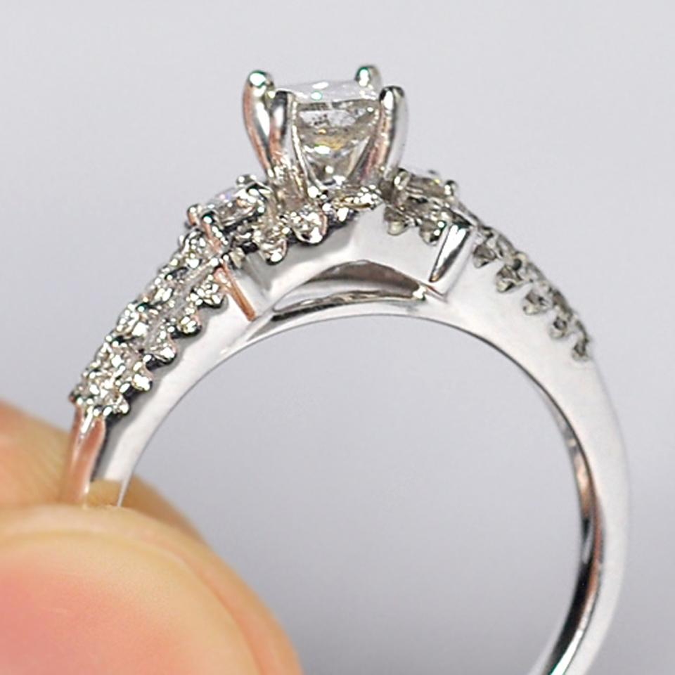 NY Collection White Womens Princess Cut Diamond Vintage 14k Gold Engagement  Ring ... be0763d30