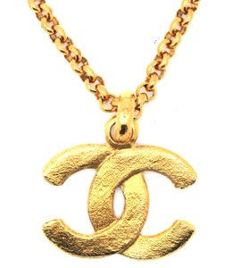 Chanel #15656 Large CC Hammered gold long chain necklace