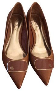 Ralph Lauren Leather light brown with gold Pumps