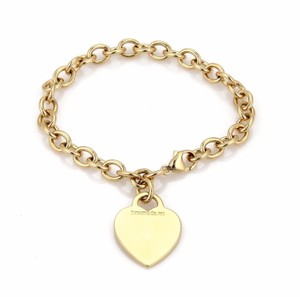 Tiffany & Co. Heart Tag Charm Oval 18k Yellow Gold Link Chain Bracelet