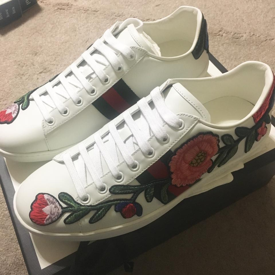 e7eeeaeab24 Gucci White New Ace Floral Embroidered Low Top Leather Sneakers 39 Sneakers  Size US 9 Regular (M