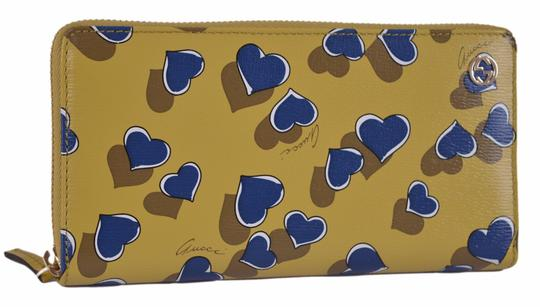 Gucci New Gucci Women's 309705 Yellow Betty Heart GG Zip Around Leather Clutch Wallet