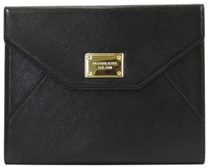 Michael Kors Michael Kors Saffiano Leather iPad Mini Tablet Clutch Black
