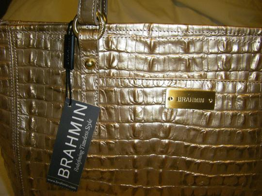 Brahmin Medium Arno La Scala Leather Shoulder H13626rg Hang Tags Are Attached But Does Not Include Registration Card Tote in ROSE GOLD