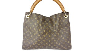 Louis Vuitton Artsy Shoulder Bag