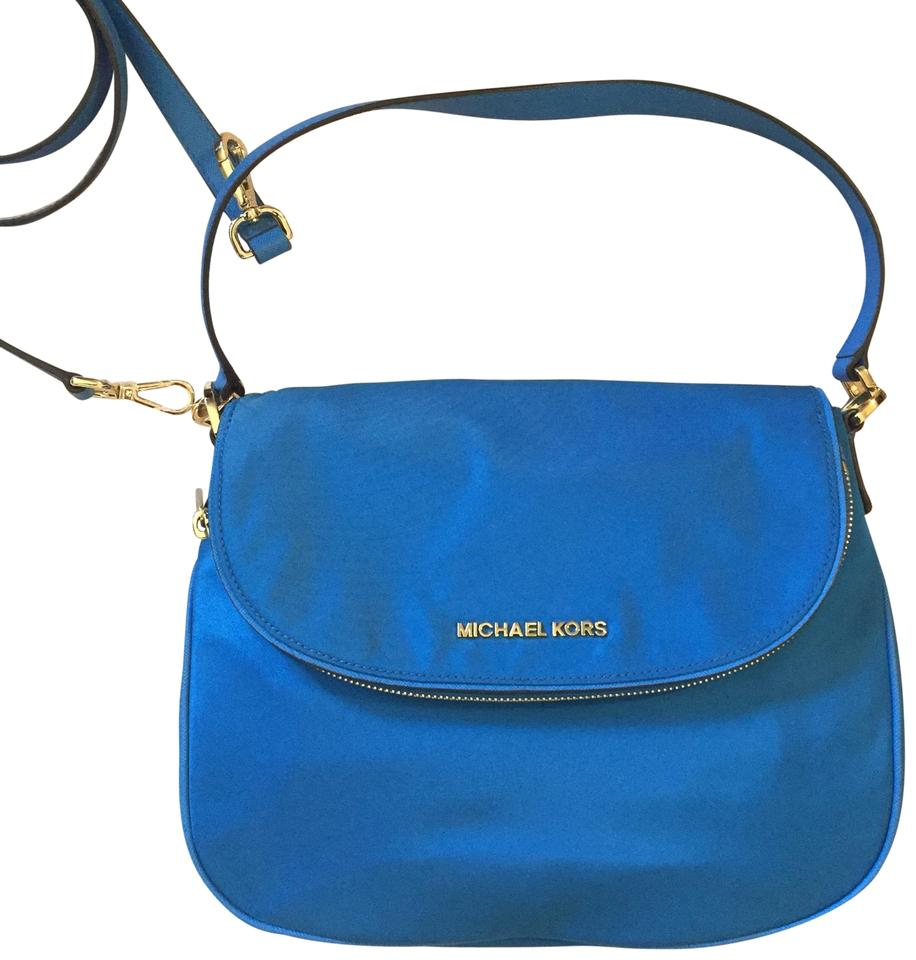 6b5714d075b3a5 MICHAEL Michael Kors Bedford Flap Messenger Heritage Blue Nylon Cross Body  Bag