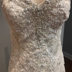 Allure Bridals Ivory/Light Gold/Silver Lace 8958 Formal Wedding Dress Size 8 (M)