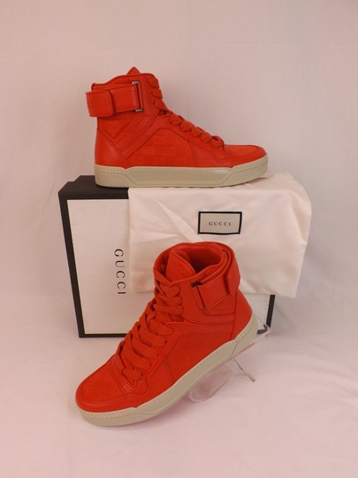 Preload https://img-static.tradesy.com/item/22592092/gucci-red-leather-gg-guccissima-hi-top-sneakers-65-75-409766-shoes-0-0-540-540.jpg