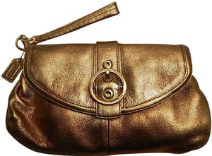 Coach New Rare Leather New Metallic Rose Gold/Rose Gold Clutch