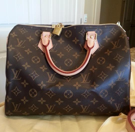 Preload https://item5.tradesy.com/images/louis-vuitton-speedy-bandouliere-30-coated-canvas-and-leather-shoulder-bag-2259504-0-1.jpg?width=440&height=440