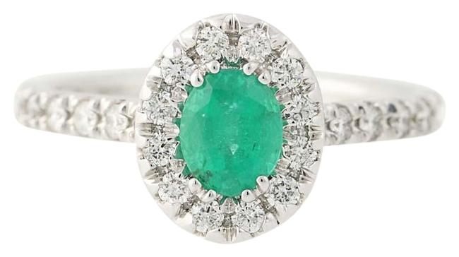 Item - Green New Emerald & Diamond Halo - 14k White Gold Oval 1.21ctw Ring