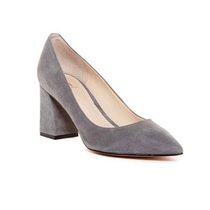 Marc Fisher Gray Pumps