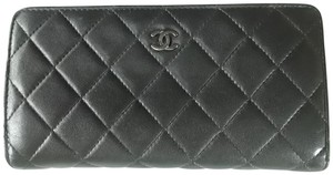 Chanel Classic Chanel Black lambskin long wallet