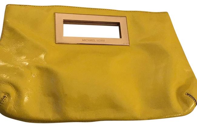 Item - Yellow Patent Leather Baguette