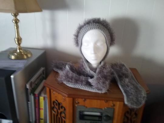 designed by me Hat and scarf set Image 2