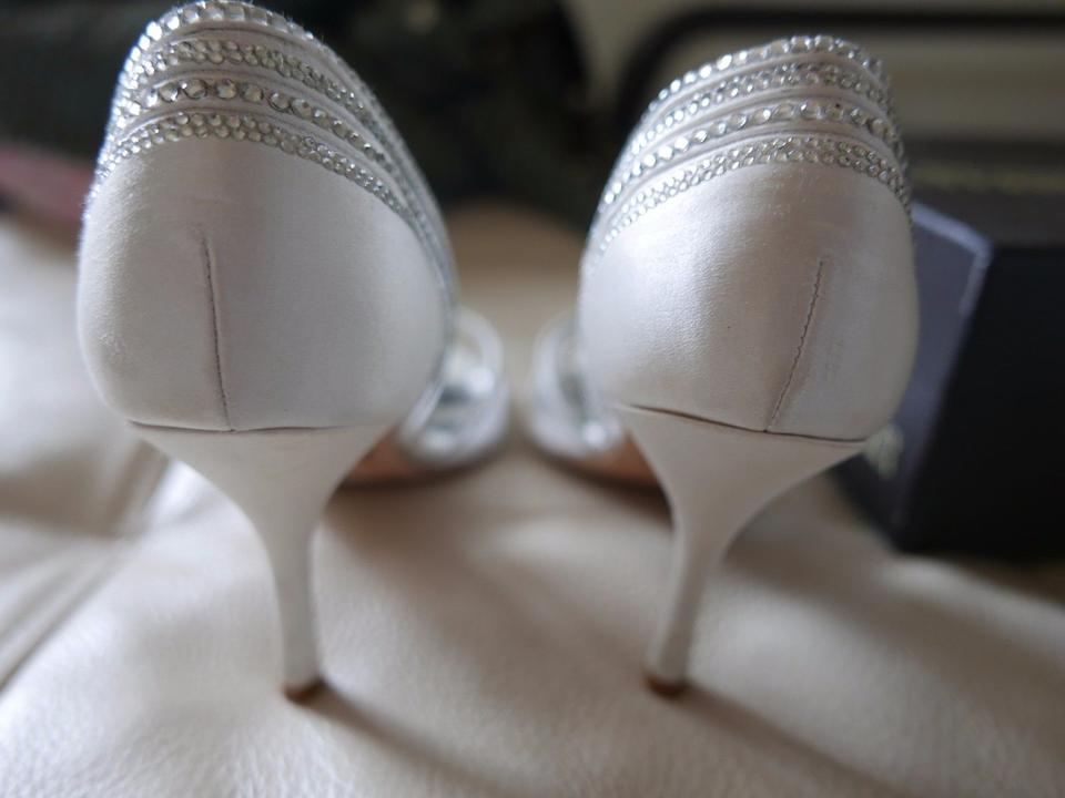 Badgley Pumps Encrusted Silk Mischka Glynn White Crystal ZwOYaZqrPx