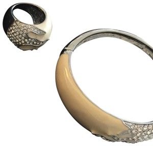 Laurentia bracelet and ring included