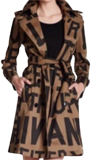 Preload https://img-static.tradesy.com/item/22599020/moschino-love-coat-size-10-m-0-1-650-650.jpg