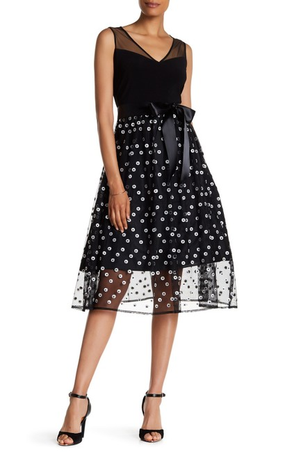 Preload https://img-static.tradesy.com/item/22599184/sl-fashions-black-and-white-illusion-belted-embroidered-skirt-short-cocktail-dress-size-6-s-0-0-650-650.jpg