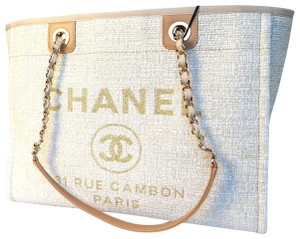 cadf66f094f9 Chanel Shopping Deauville 2018 Limited Edition Lrg Light Beige ...