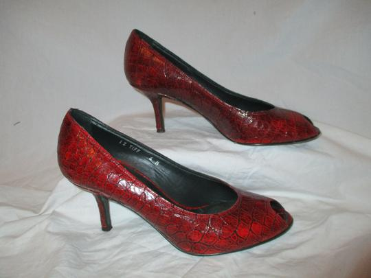 Donald J. Pliner Croc Leather Patent Leather Peep Toe Open Toe red Pumps Image 3