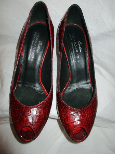 Donald J. Pliner Croc Leather Patent Leather Peep Toe Open Toe red Pumps Image 4
