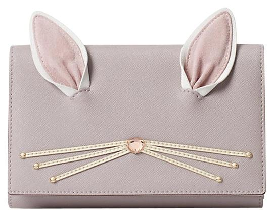 Preload https://img-static.tradesy.com/item/22599845/kate-spade-rabbit-winni-hop-to-it-purse-wallet-clutch-light-gray-leather-cross-body-bag-0-2-540-540.jpg