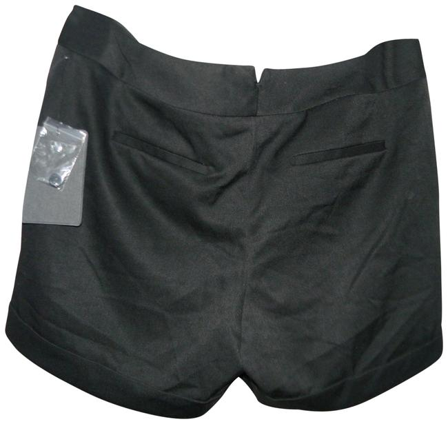 Preload https://img-static.tradesy.com/item/22600050/harve-benard-black-polyester-viscose-blend-cuffed-shorts-size-8-m-29-30-0-1-650-650.jpg