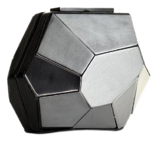 Hervé Leger Rare Multifaceted Minaudire Metallic Grey Metal and Leather Clutch Hervé Leger Rare Multifaceted Minaudire Metallic Grey Metal and Leather Clutch Image 1