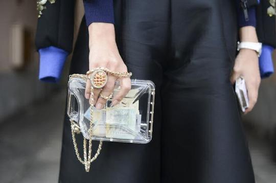Chanel Resort Dubai Collection Clear GHW Clutch Image 8
