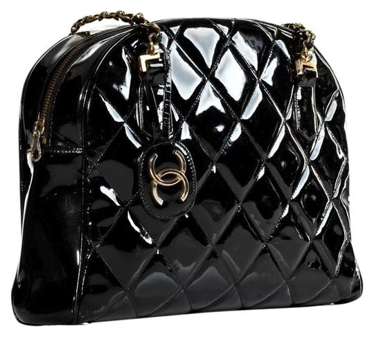 Preload https://img-static.tradesy.com/item/22600195/chanel-quilted-tote-very-rare-limited-edition-black-patent-leather-shoulder-bag-0-1-540-540.jpg