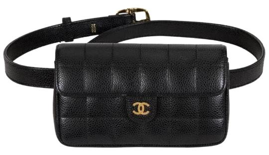 Preload https://img-static.tradesy.com/item/22600223/chanel-classic-flap-vintage-square-fanny-pack-black-caviar-leather-cross-body-bag-0-3-540-540.jpg