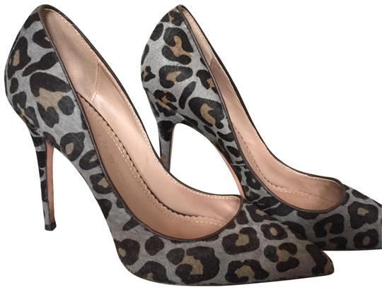 Preload https://img-static.tradesy.com/item/22600241/jean-michel-cazabat-animal-print-heels-pumps-size-eu-385-approx-us-85-regular-m-b-0-1-540-540.jpg