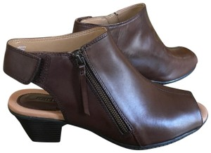 Earthies Brown Boots