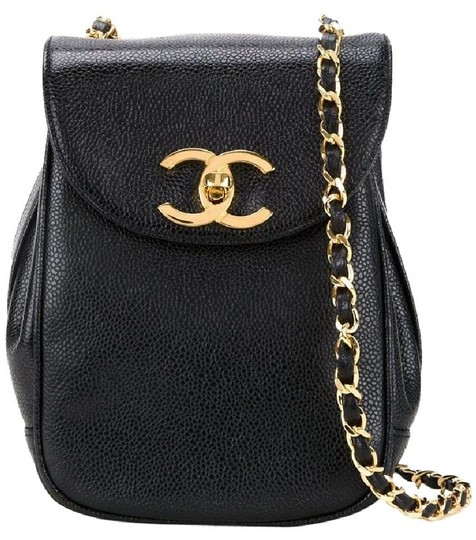 Preload https://img-static.tradesy.com/item/22600601/chanel-vintage-purse-caviar-rare-black-leather-cross-body-bag-0-0-540-540.jpg