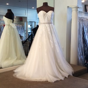 Mori Lee Ivory Lace/Organza 5414 Traditional Wedding Dress Size 2 (XS) - item med img