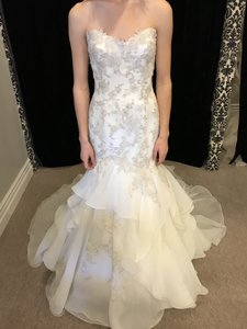 Sottero and Midgley Ivory Organza/ Lace Maky Modern Wedding Dress Size 10 (M)