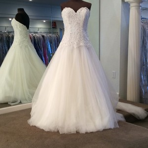 Mori Lee Ivory Tulle/Lace 2771 Traditional Wedding Dress Size 10 (M)