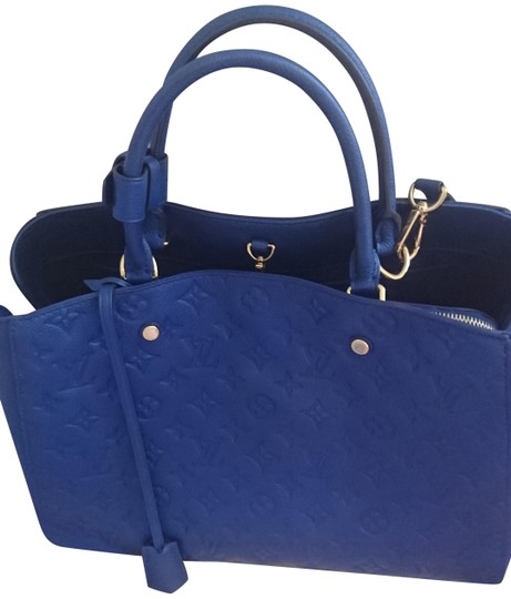 Preload https://img-static.tradesy.com/item/22602479/louis-vuitton-montaigne-gm-royal-blue-leather-shoulder-bag-0-1-540-540.jpg