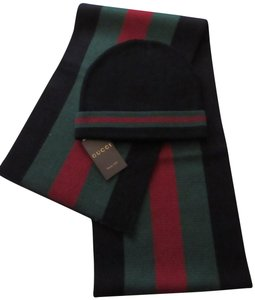 Gucci Brand new Gucci hat and scarf set Sz XL Black in a GIFT BOX