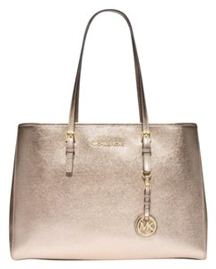 Michael Kors Tote in Metallic Rosey Gold